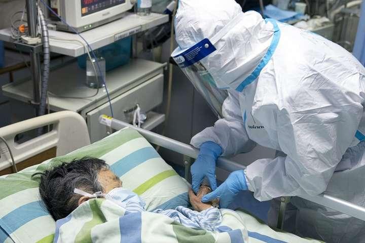 Коронавірус в Китаї: кількість жертв зросла до 132, інфіковані 5500 осіб