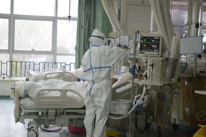 Усі, хто повернувся з Китаю, два тижні будуть під пильним оком лікарів