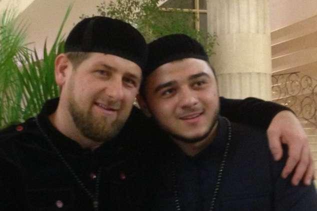 Рамзан Кадиров з племінником Хамзатом — 23-річний племінник Кадирова став міністром спорту Чечні