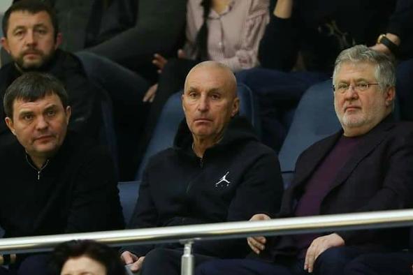 Зірки на трибунах - Коломойський та Ярославський разом сходили на баскетбол та спровокували чутки