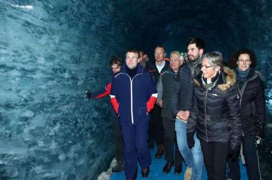 Французький президент Еммануель Макрон зробив заяву біля Монблану - Монблан закриють від натовпу туристів