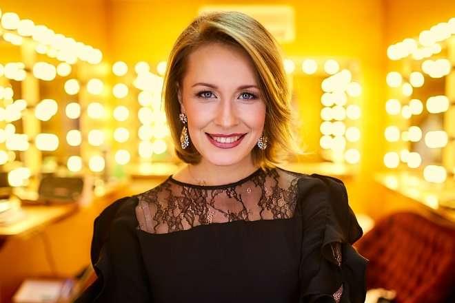 Елена Кравец снялась в рекламе ювелирного бренда без Владимира Зеленского