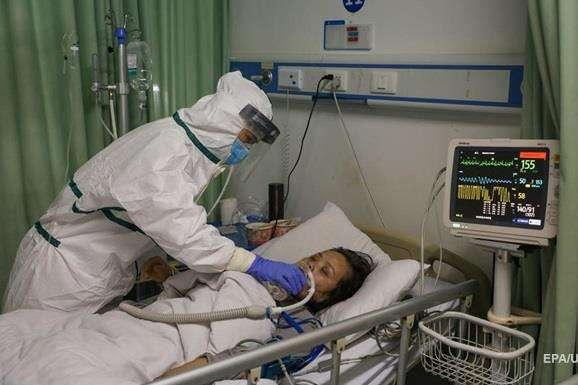 У Китаї за добу зареєстровано понад 120 нових випадків смерті через коронавірус