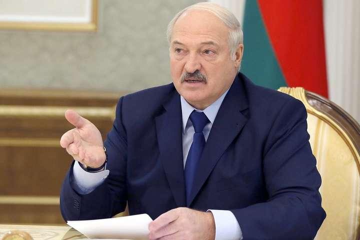 Олександр Лукашенко наголосив, що після свого президентства продовжить відстоювати суверенітет Білорусі - Росія натякає на приєднання Білорусь в обмін на енергоносії, - Лукашенко