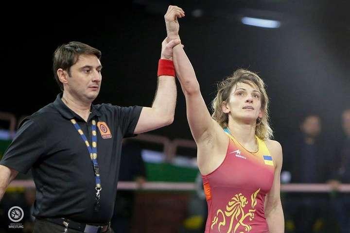 Юлія Ткач довела, що не має рівних на континенті - Українська борчиня Юлія Ткач перемогла у фіналі росіянку і стала триразовою чемпіонкою Європи