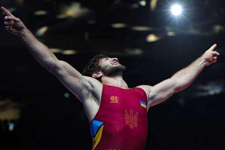 Ерік Арушанян відборовся виключно яскраво - Ефектний українець Ерік побореться за медаль на першому дорослому Євро з боротьби (відео)