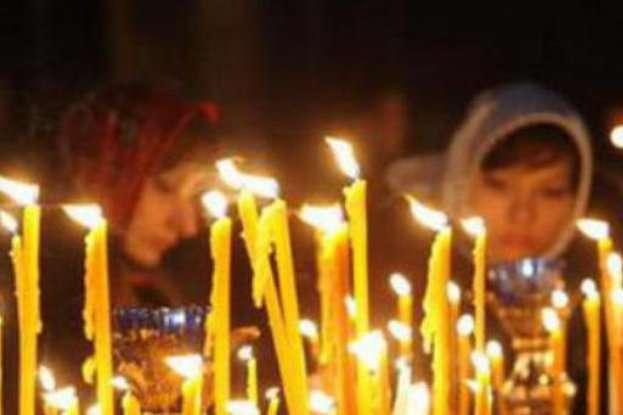 Православні та греко-католики відзначають сьогодні Стрітення Господнє