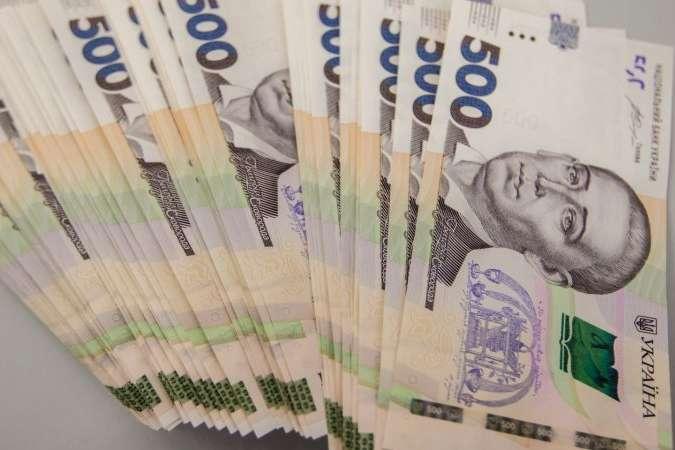 Названо один з популярних способів обману українців у банках