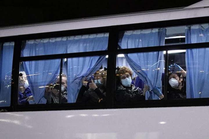 Лайнер Diamond Princess - На борту японського лайнера у 44 американців виявили коронавірус