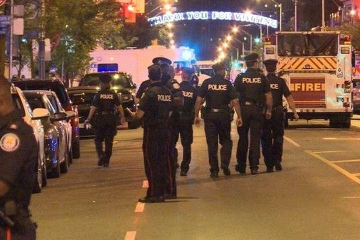 У центрі Торонто сталася стрілянина