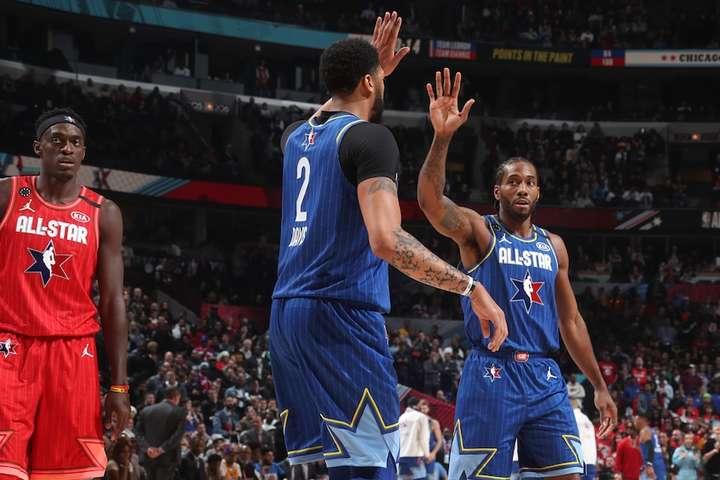 Кавай та Ентоні Девіс об'єдналися заради вшанування Кобе - NBA All Star 2020: Команда ЛеБрона перемогла у матчі пам'яті Кобе Браянта