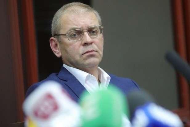 Суд залишив екснардепа Пашинського під цілодобовим домашнім арештом