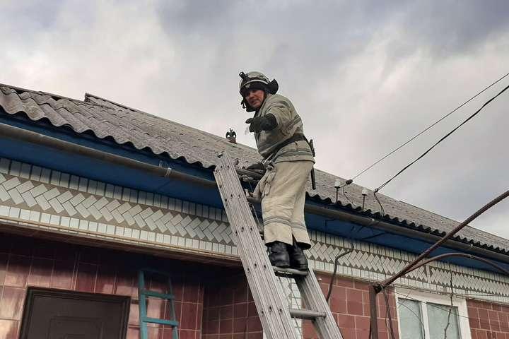 У Кіровоградській області вітер зірвав дах з лікарні