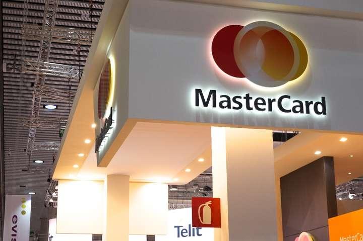 Mastercard заявила про зниження виручки через спалах коронавірусу