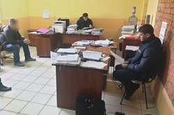 Фото: — У Службі автомобільних доріг Миколаївської області 5 березня проходять обшуки