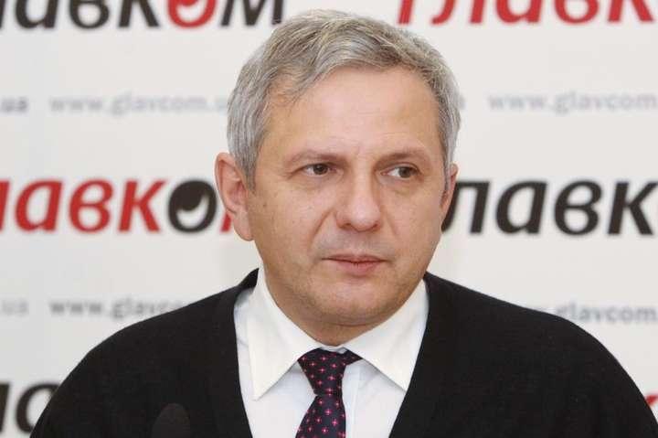 Олег Устенко стверджує, якщо карантин розтягнеться на кілька місяців Україні доведеться перезапускати економічну систему - Економіст спрогнозував, якими будуть втрати української економіки через коронавірус