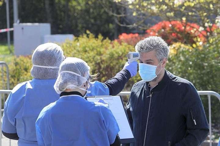 У Франції від коронавірусу за добу померли 240 осіб