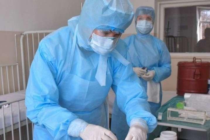 Стало відомо, в яку лікарню помістили хвору на коронавірус вагітну з Ірпеня