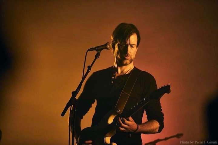 Участник британской группы Radiohead Эд О'Брайен - Потерявший обоняние и чувство вкуса участник Radiohead заподозрил у себя коронавирус