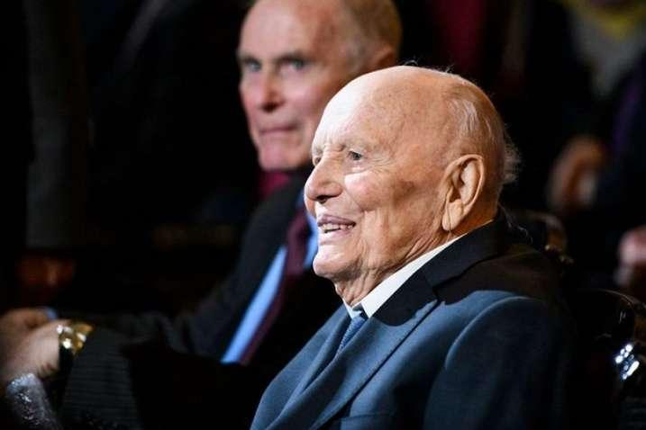 Борису Патону 27 листопада 2019 року виповнився 101 рік - Патон на 102-му році життя залишає посаду президента НАН України, - ЗМІ