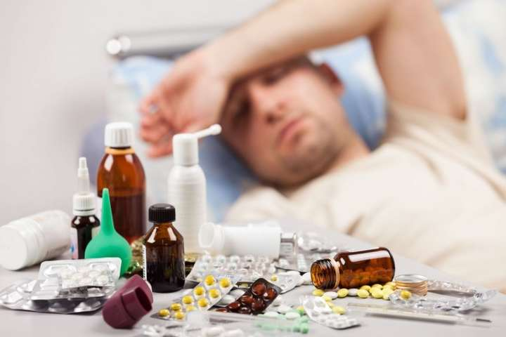 Грип в Україні - за тиждень померли дві людини - В Україні за тиждень від грипу померли дві людини