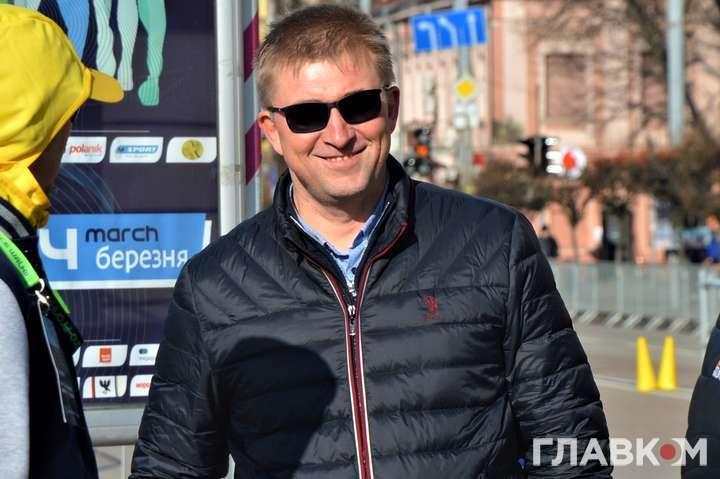 В'ячеслав Тиртишник дав вичерпну аналітику по тих атлетах, які за кордоном - Окремі українські спортсмени мають проблеми з поверненням додому із закордонних зборів