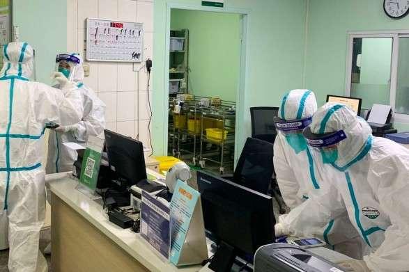 Італійські лікарі розповіли про вплив клімату на поширення коронавірусу