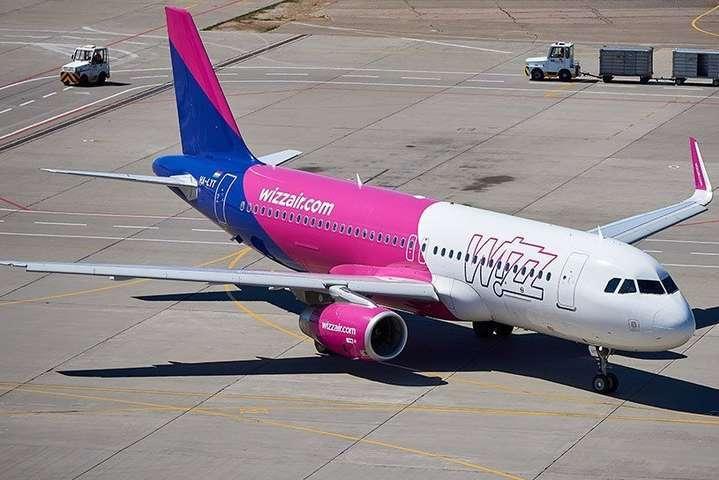 Угорський лоукостер Wizz Airне має наміру звертатися за державною допомогою до уряду - Wizz Air здатний зупинити польоти на три роки і не збанкрутувати