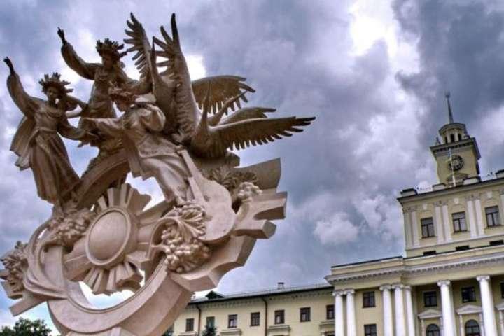 Хмельницький зробив заявку на те, щоб стати знаковим у хокеї та фігурному катанні містом - У Хмельницькому зібралися будувати Льодовий палац вартістю 285,5 мільйонів гривень