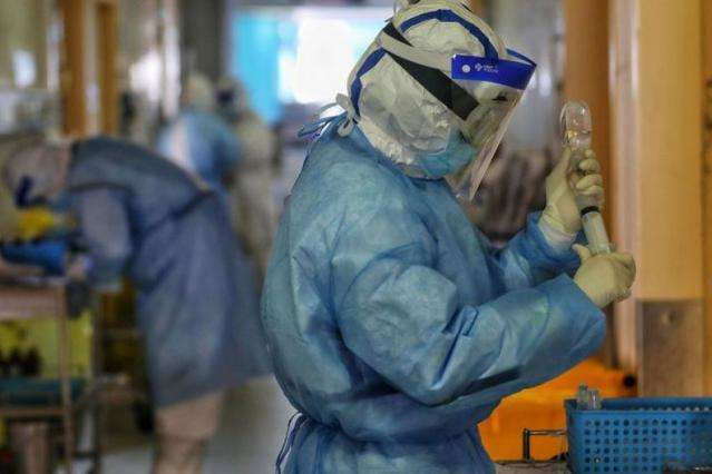Понад пів мільйона людей у світі захворіли на коронавірус