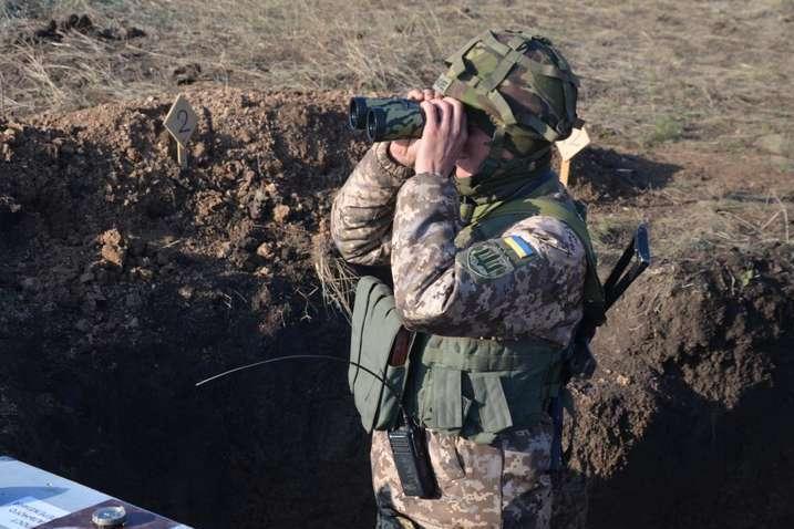 Ворог випустив 51 міну калібрів 120 та 82 мм по позиціях Об'єднаних сил поблизу Павлополя - Доба на Донбасі: бойовики випустили 51 міну по захисникам Павлополя