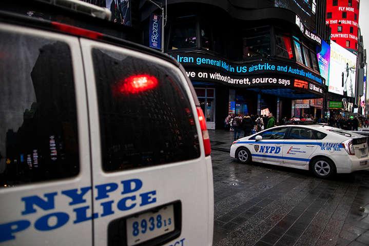 Серед заражених – 442 поліцейських мають право носити форму, решта 70 – цивільні співробітники поліції - У Нью-Йорку коронавірусом заразилися понад п'ятисот поліцейських, – CNN