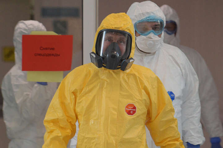Коронавірус в Росії: Путін звик тріумфувати і перемагати, але не звик боротися