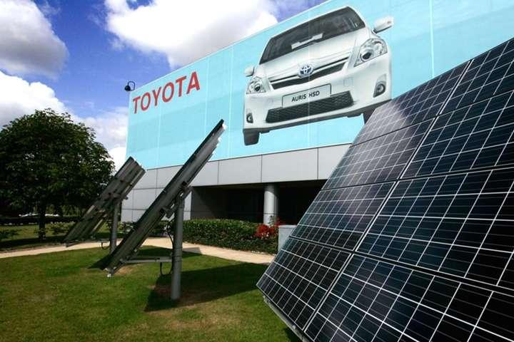 Toyota будуватиме сонячні і вітрові електростанції