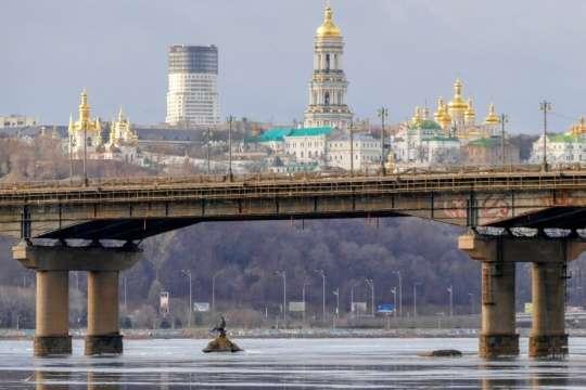 У вихідні на мосту Патона буде обмежено рух