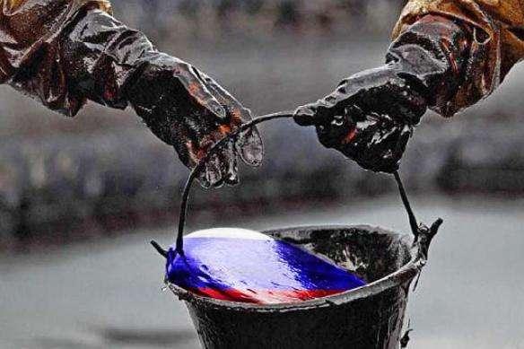 РФ готова скоротити видобуток нафти на 1,6 мільйона барелів на добу - Росія погоджується скоротити видобуток нафти, але за певних умов