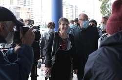 Фото: — Під стінами Держбюро розслідуваньпроходить акція на підтримку Чорновол