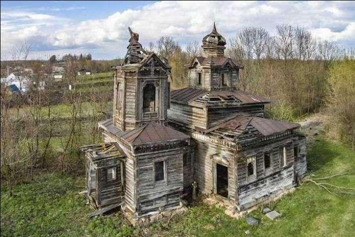 <p>За архітектурою церква являє собою дерев&rsquo;яний тетраконх із прибудованою в єпархіальному стилі дзвіницею</p> - На Вінниччині фермер відновив козацький храм, якому вже 244 роки (фото)