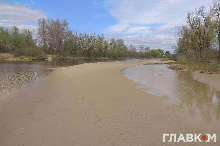 Українські річки міліють. Весна 2020 року — Десять Київських водосховищ за вісім місяців. Чому Україну залишає вода