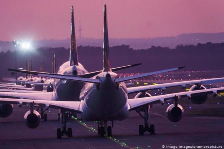 Україна планує відновити авіасполучення у червні - Україна домовляється з Грузією про відновлення авіасполучення