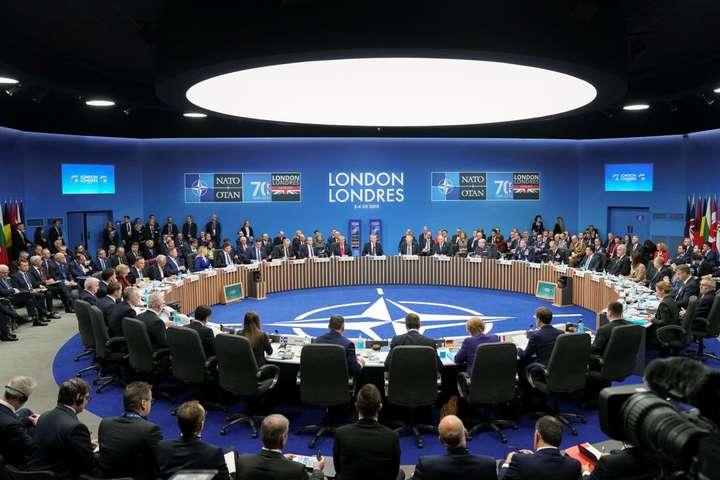 НАТО скликає екстрену нараду - НАТО скликає екстрену нараду через вихід США із Угоди про відкрите небо