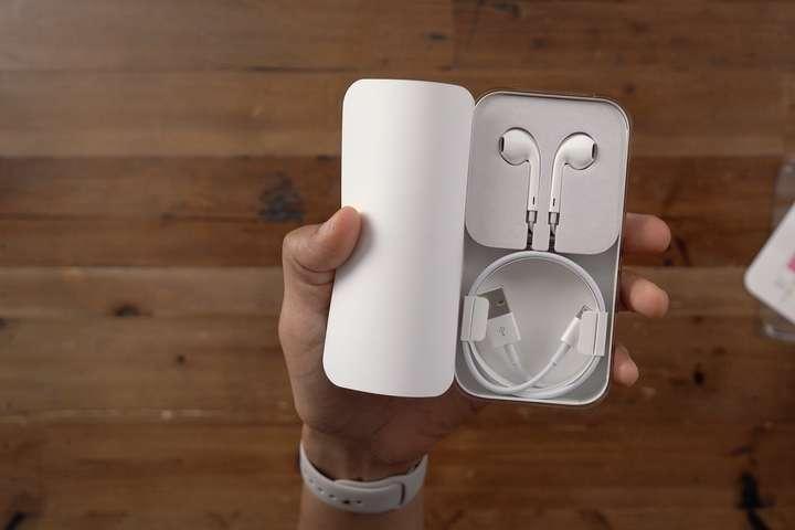 Новий iPhone12 вийде без навушників - Новий iPhone12 вийде без навушників