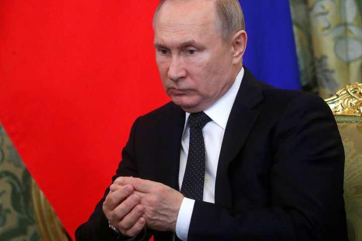 Закон дозволяє дистанційне голосування на виборах і референдумах усіх рівнів - Путін підписав закон про дистанційне голосування