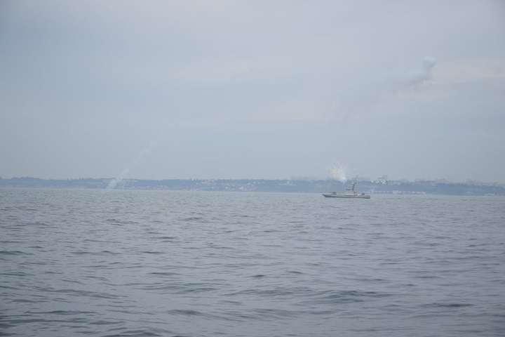 pАртилерійські катери Військово-Морських ЗС України відпрацювали низку завдань в морі/p - В Україні випробували новий артилерійський катер