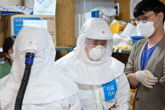 У Південній Кореї зафіксовано найбільший спалах Covid-19з початку квітня - Covid-19 у Південній Кореї: зафіксовано найбільший спалах з початку квітня