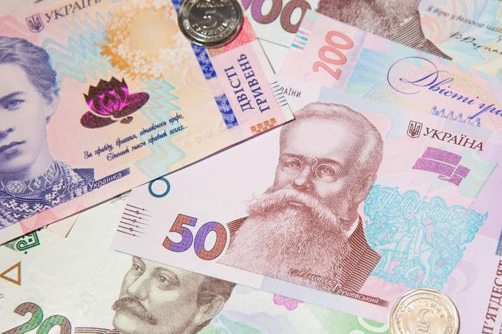 Зарплаты в Украине: на сколько возрастут выплаты после индексации в июне