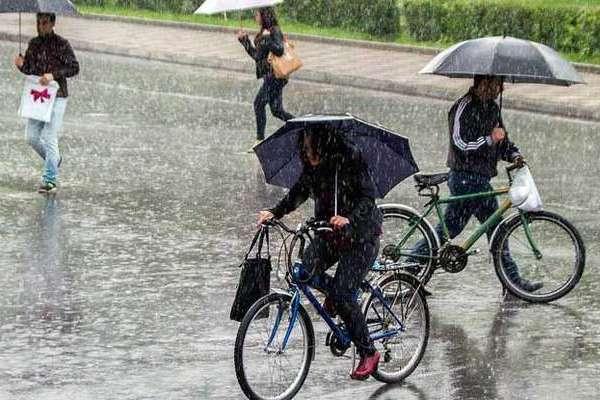 Украину будет заливать дождями. Синоптики дали неутешительный прогноз на выходные