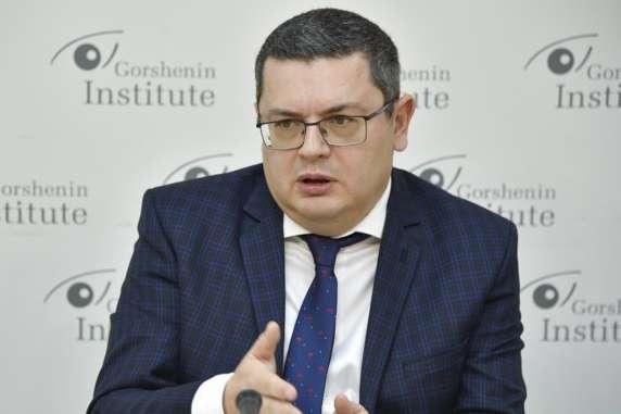 Глава парламентского комитета по вопросам внешней политики Александр Мережко - Особый статус Донбасса: почему его сложно закрепить в Конституции