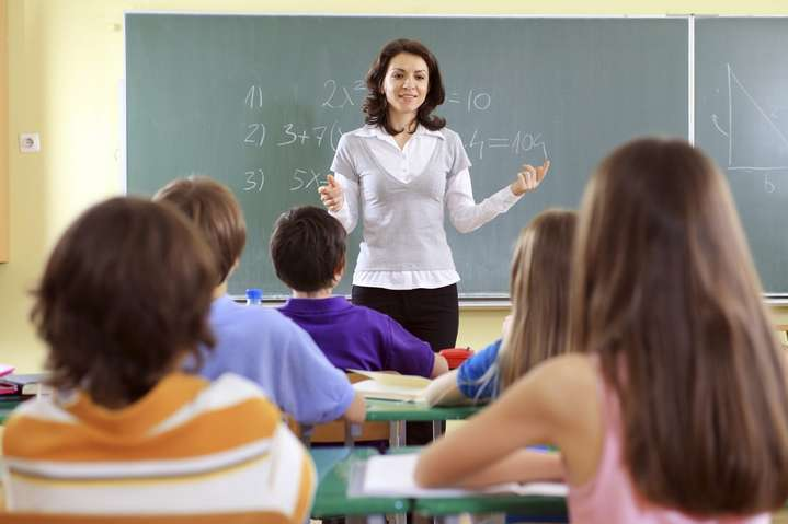 Минобразования: учителя не получат дополнительные выплаты за карантин