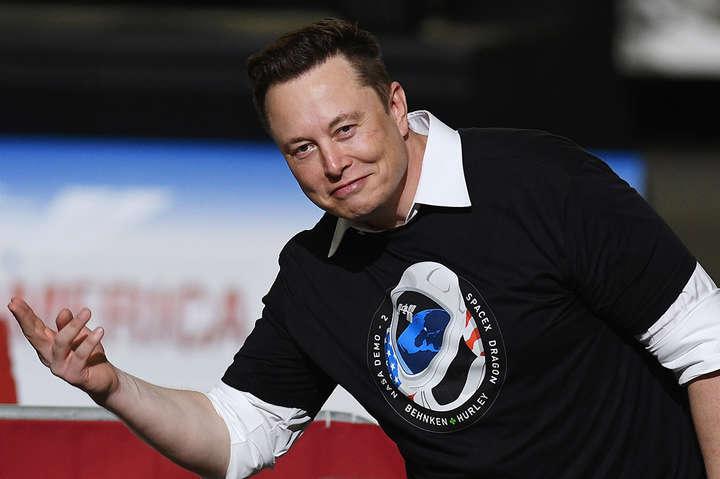 Илон Маск доказывает, что в бизнесе побеждают дилетанты-авантюристы